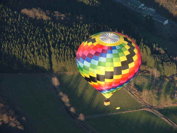 ballonfahren im sauerland ballon im sauerland. Black Bedroom Furniture Sets. Home Design Ideas